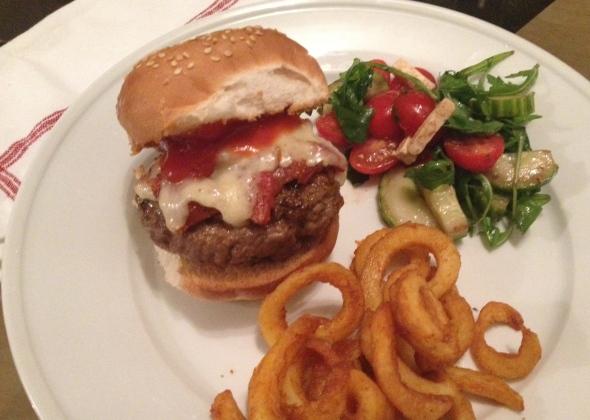 Cheeseburger with Bacon Marmalade: A Broad Cooking