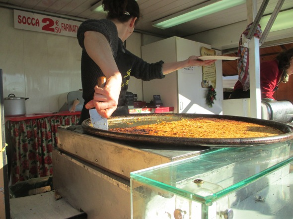 Socca @ the Nice Christmas Market: A Broad Cooking