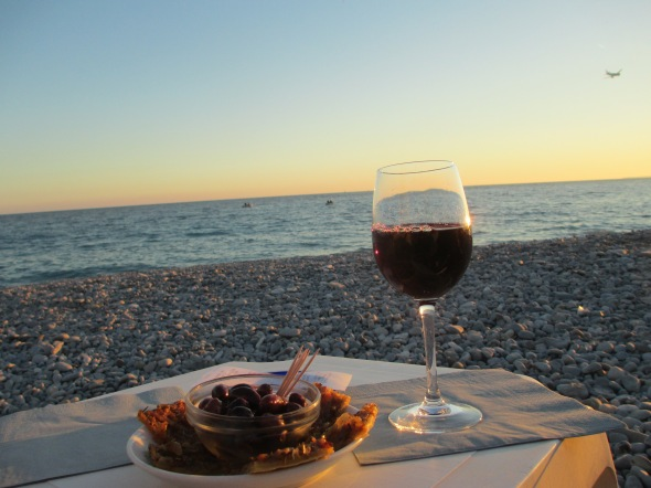 Sunset in Nice: A Broad Cooking