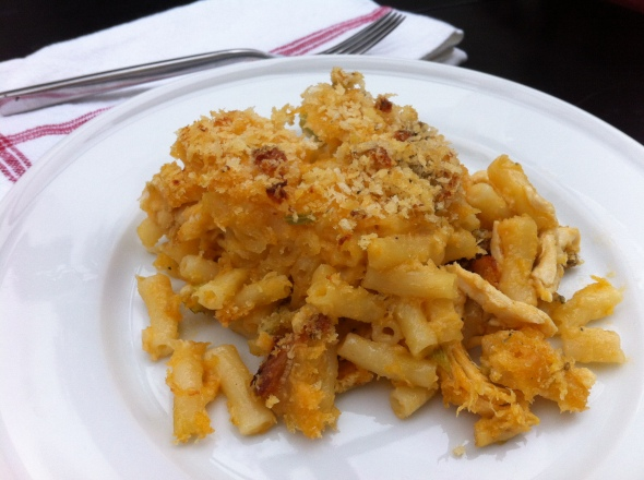 Buffalo Chicken Mac & Cheese: A Broad Cooking