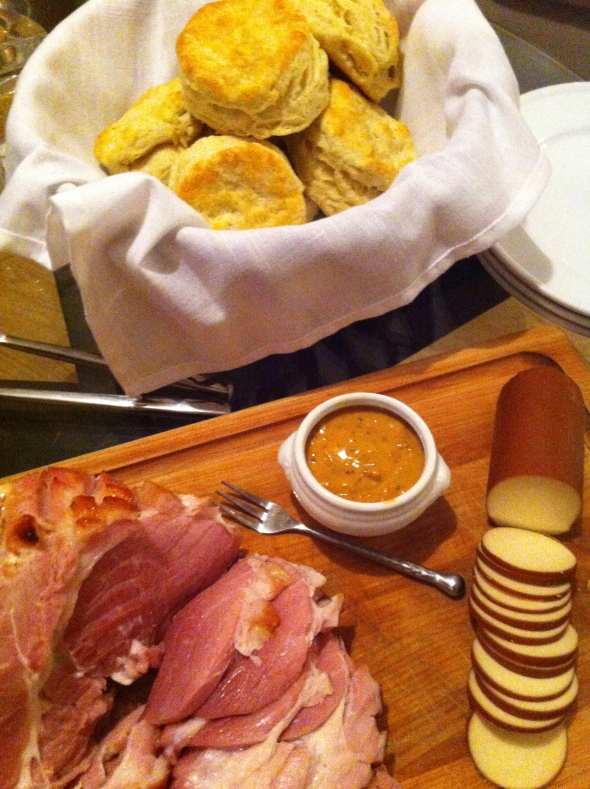 Homemade biscuits with Ham & Cranberry Mustard: A Broad Cooking