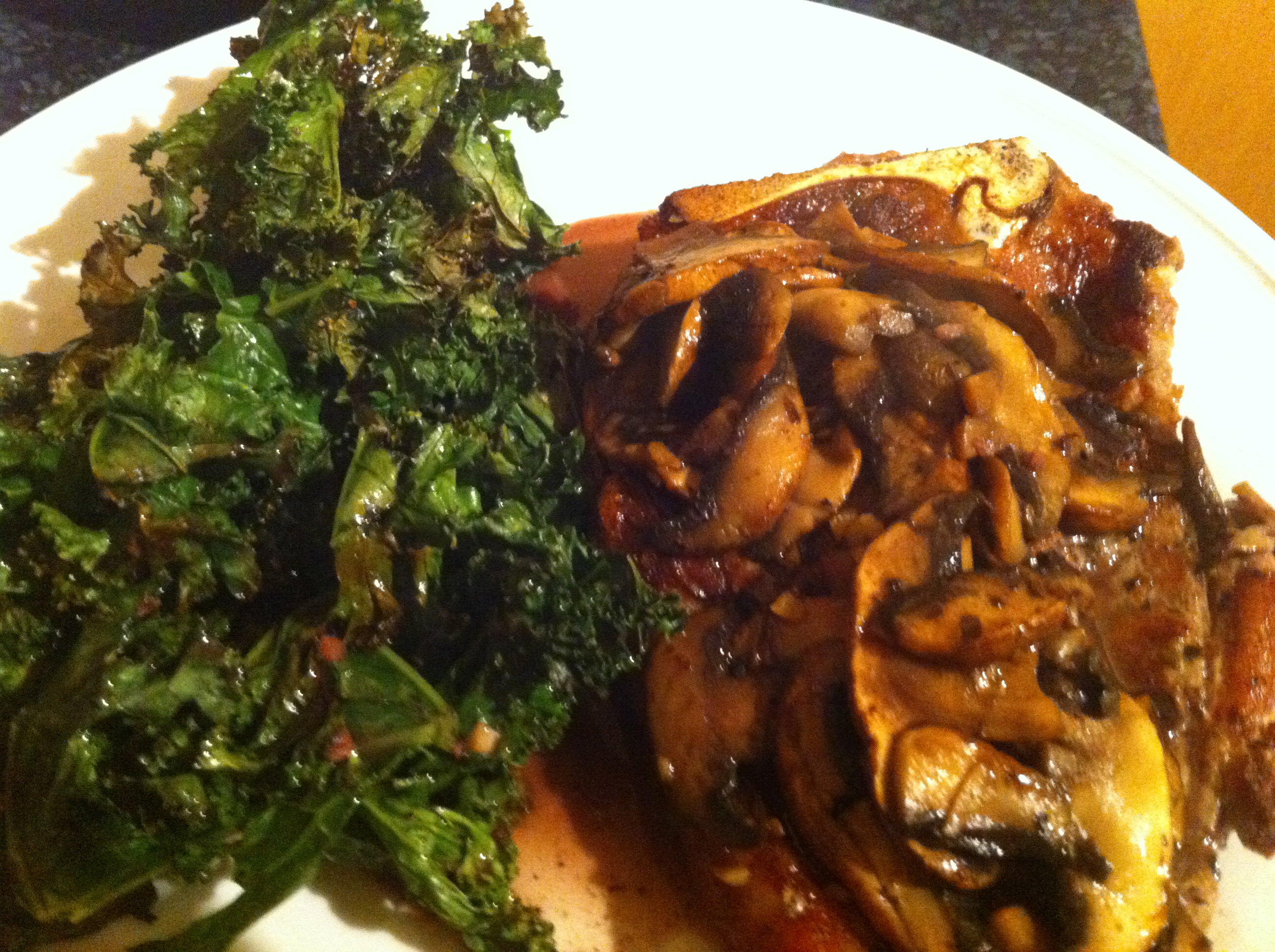Seared Steak w/ Red Wine Mushrooms & Roasted Kale- A Perfect Friday ...